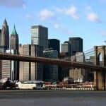 Brooklyn Bridge, primeira ponte pênsil do mundo feita de aço.