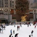 Tradicional Ice Rink no Rockefeller Center, que funciona apenas no inverno.