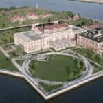 Ellis Island onde fica o imperdível Immigration Museum