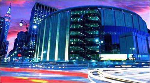 Madison Square Garden, sede dos times de basquete Knicks e Liberty, e palco de atrações variadas.