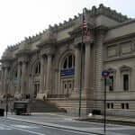 Metropolitan Museum of Art, onde 100 mil itens expostos contam 5 mil anos de história da arte.