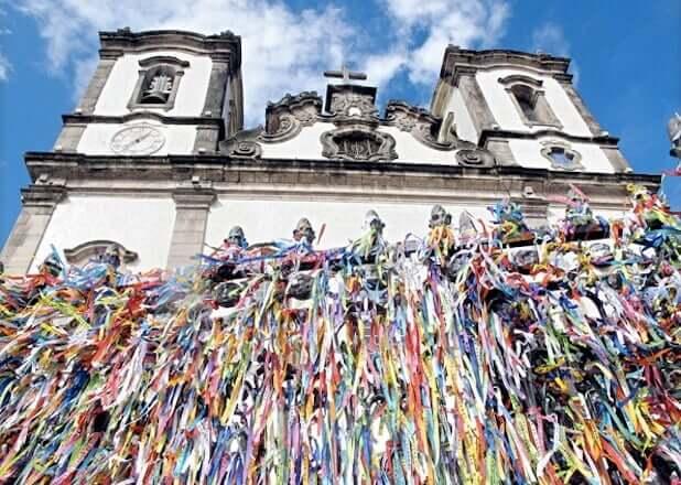 Igreja do Senhor do Bonfim e suas típicas fitinhas