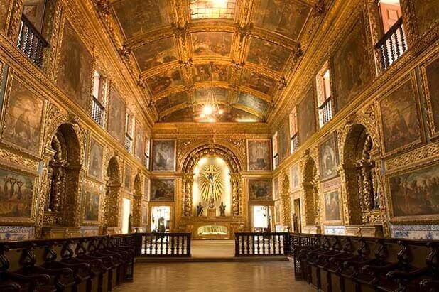 Interior da Capela Dourada