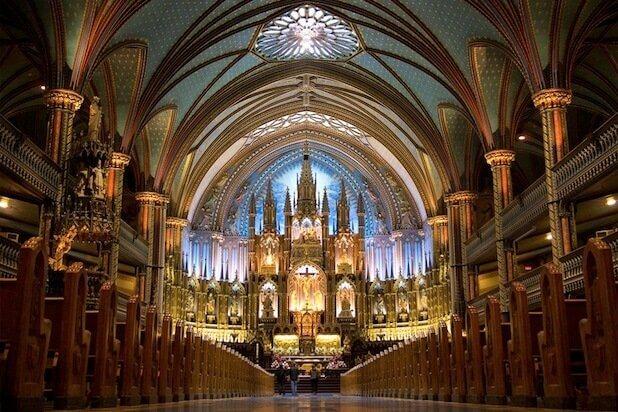 Interior da Catedral de Notre-Dame