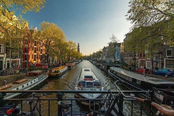 Amsterdam - Viajar na Europa sozinho