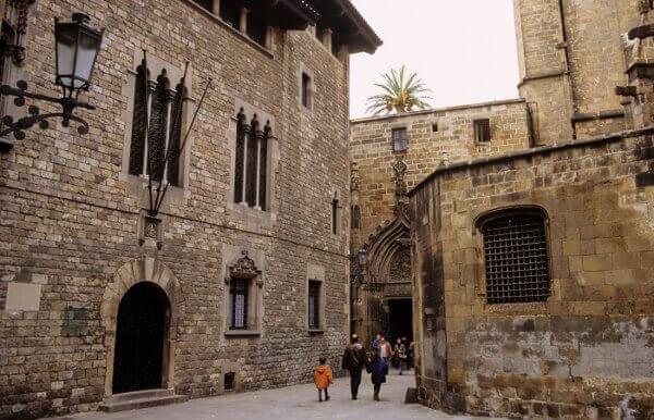 Conhecer Barcelona