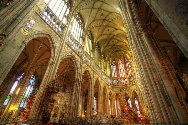 catedral são vito por dentro em praga