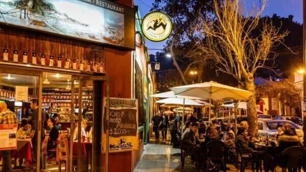 Restaurante no bairro Bellavista - Santiago do Chile