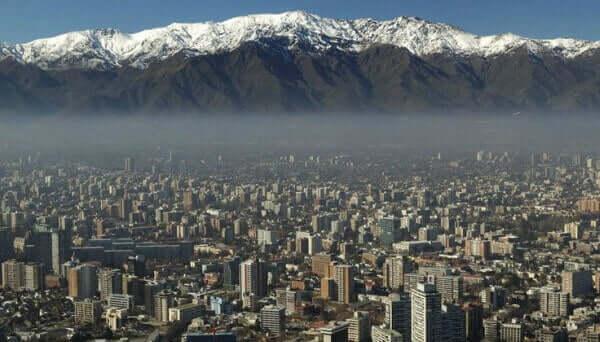 Os Andes ao fundo - Santiago do Chile