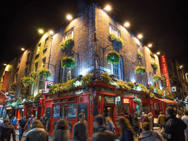 The Temple Bar, um dos principais pontos turísticos da Irlanda